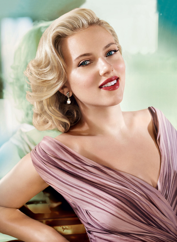 Portrait of Scarlett Johannson